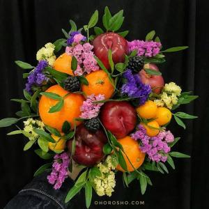 Букет Восьмая марта с яблоками и апельсинами