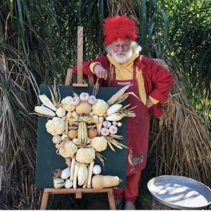 Овощной портрет Славы Полунина
