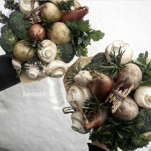 букет Хороший муж с грибами и брокколи