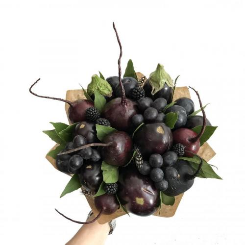 букет с баклажанами и виноградом Очень хорошо